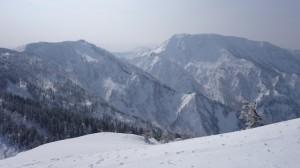 苗場山と神楽峰?